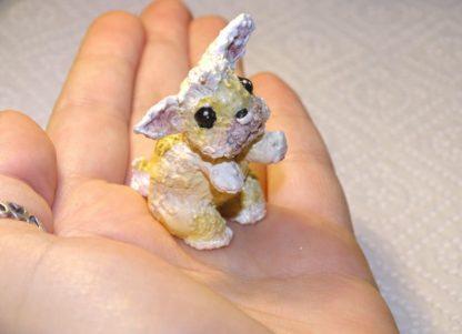 männchen machendes Kaninchen