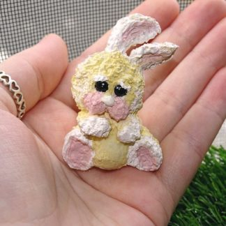 beiges Kaninchen traurig