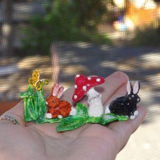 Gras Kaninchen Fliegenpilz